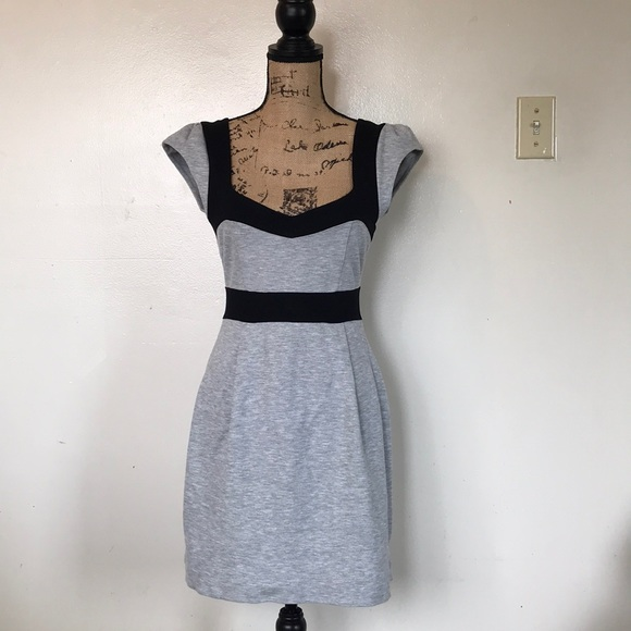 French Connection Dresses & Skirts - French Connection Dress Size 8
